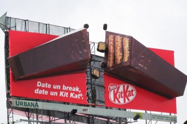 تابلو تبلیغاتی